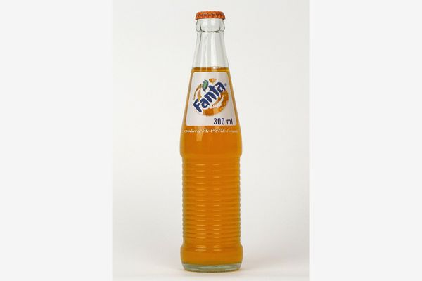 Fanta Orange Mexican Soda, 12 Ounce Glass Bottle