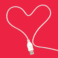 Cable USB in form of heart