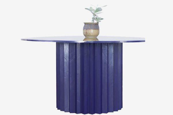 Louie table