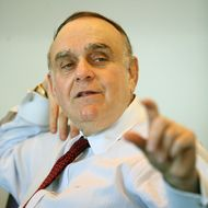 Leon Cooperman, chairman and chief executive of Omega Advisors Inc., speaks at the Reuters Investment Summit in New York December 13, 2005.