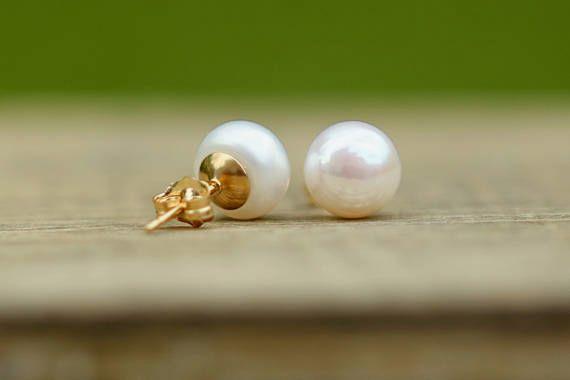 14K Gold-Filled Pearl Earrings