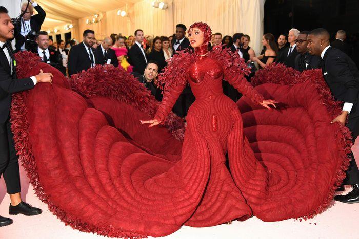 Met Gala 2019 Red Carpet Best Dressed And Campiest Looks