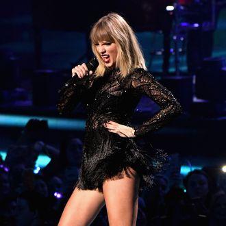 f69546562de Internet Sleuths Exposed Taylor Swift's New Album Plans