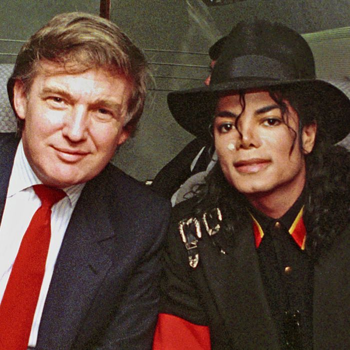 b3a69255 Michael Jackson's Unlikely Friendship With Donald Trump: A Timeline