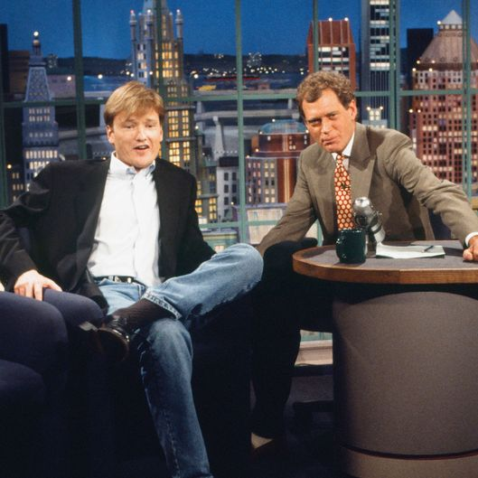 LATE NIGHT WITH DAVID LETTERMAN -- Episode 1245 -- Pictured: (l-r) TV writer and 'Late Night' successor Conan O'Brien, host David Letterman on May 4, 1993 -- (Photo by: Al Levine/NBC/NBCU Photo Bank)