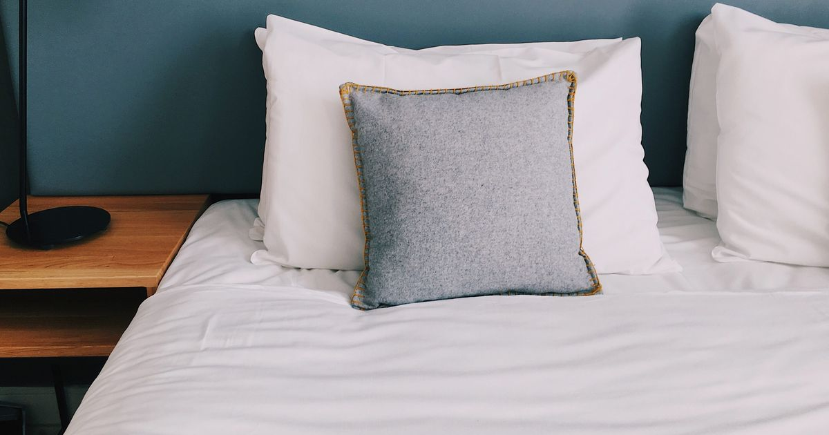 The Best Egyptian-Cotton Sheets on Amazon, According to Hyperenthusiastic Reviewers