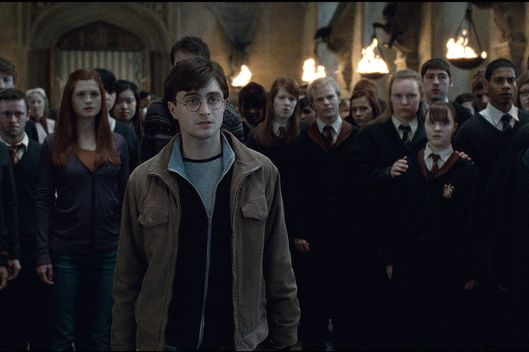 "DANIEL RADCLIFFE (center) as Harry Potter in Warner Bros. Pictures' fantasy adventure ""HARRY POTTER AND THE DEATHLY HALLOWS – PART 2,"" a Warner Bros. Pictures release."