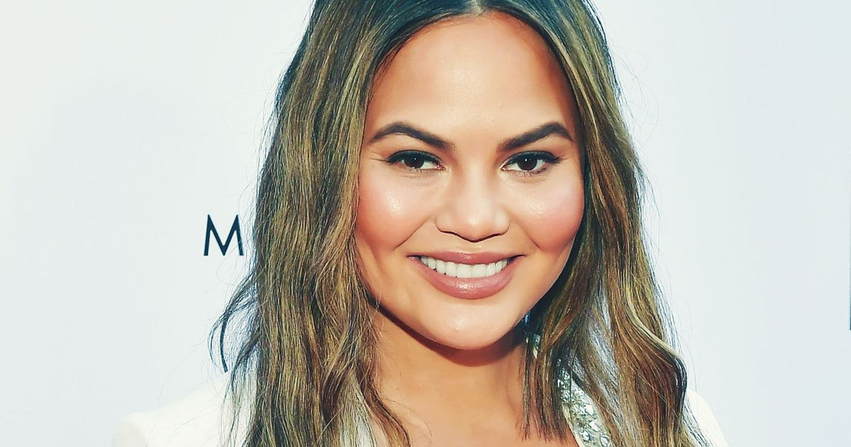 Chrissy Teigen Is Teaming Up With Becca Cosmetics