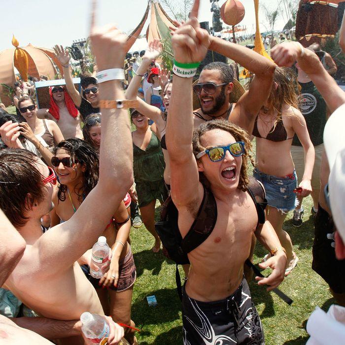 Photo evidence: DJs are shamans.