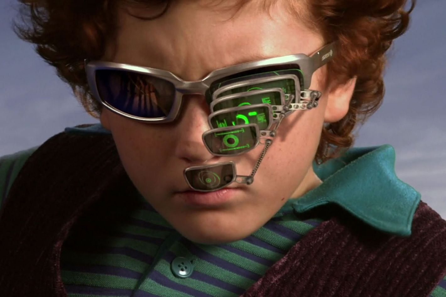 31d64284d8 Spy Kids Zoom-Glasses Meme Gets Popular on Reddit