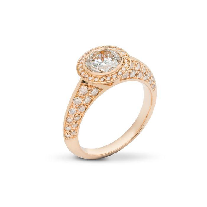 A Diamond Foundry ring by German designer Michael Weggenmann.