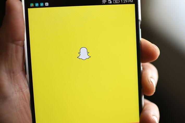 selectall teens snapchat scissor tool enlarge dick pics