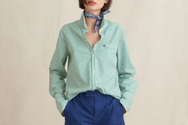 Alex Mill Standard Button-Down in Relaxed Portuguese Cotton