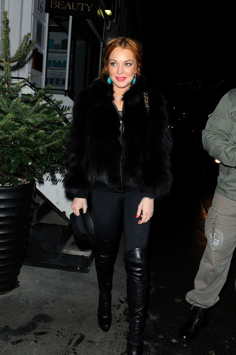 Lindsay Lohan enjoys a night out with pals at Nazomi Restaurant in Knightsbridge, London, UK. Pictured: Lindsay Lohan