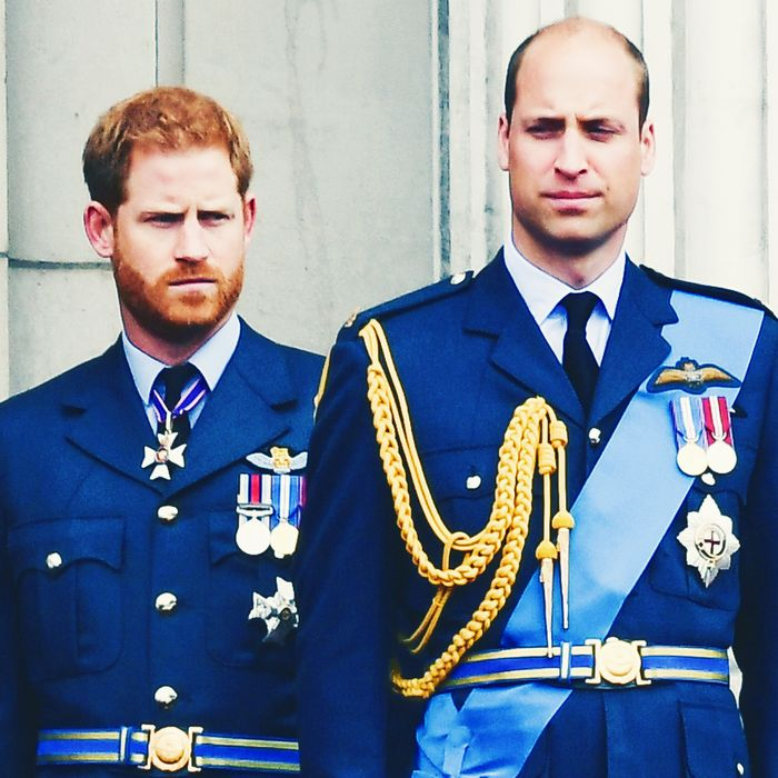 Meghan Markle, Prince Harry, Prince William, and Kate Middleton.