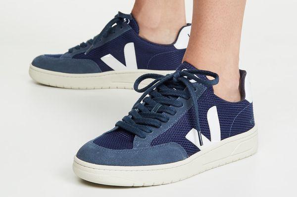 Veja V-12 Sneakers — Nautico/White