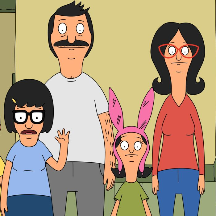 """BOB'S BURGERS: The Belcher family in the """"The Cook, the Steve, the Gayle & her Lover"""" episode of BOB'S BURGERS airing Sunday, Jan. 10 (7:30-8:00 PM ET/PT) on FOX. BOB'S BURGERS ™ and © 2016 TCFFC ALL RIGHTS RESERVED."""