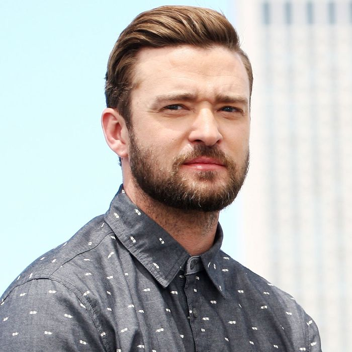 Justin Timberlake Recoils From Human Touch