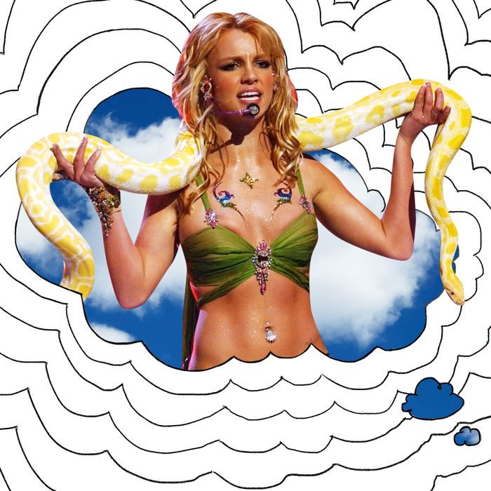 Britney Spears and Banana the snake performing at the 2001 Video Music Awards.
