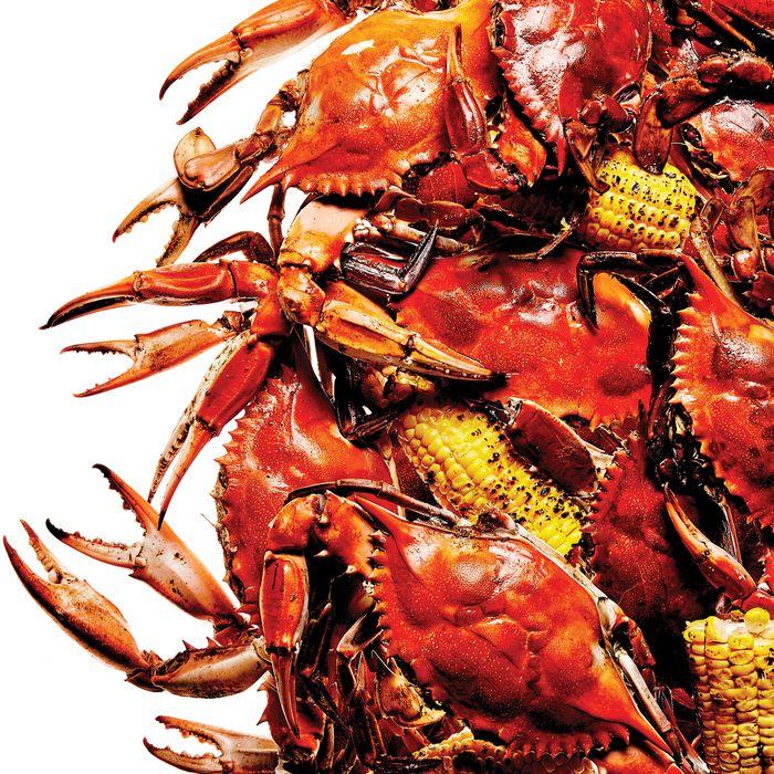 The Hideaway Seaport's crab boil.