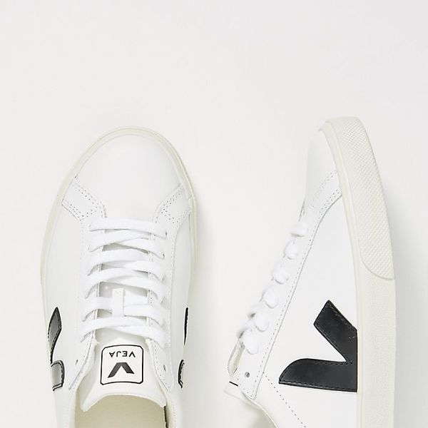 Veja Esplar Low-Top Sneakers