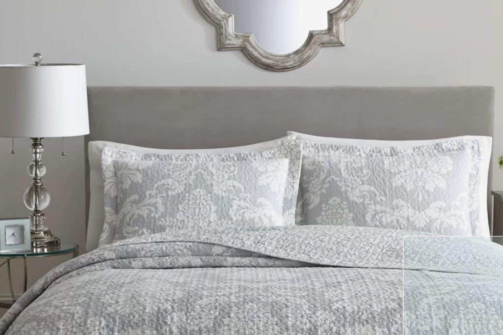 Laura Ashley Home Venetia Cotton Reversible Quilt Set, Full/Queen
