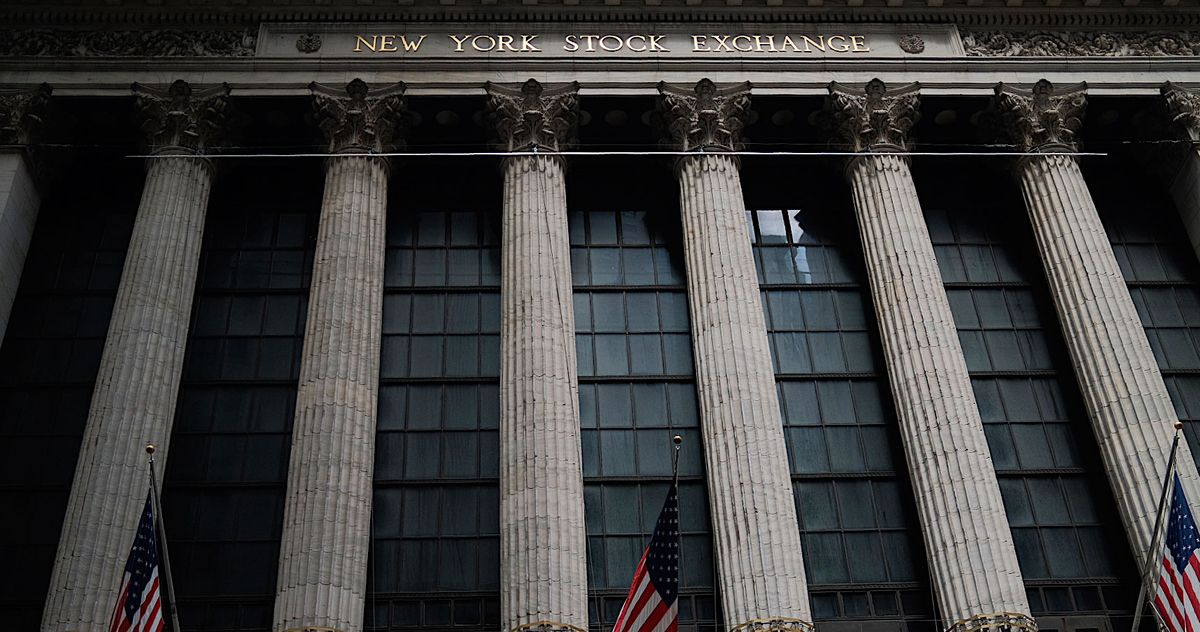 Why the Stock Market Is Soaring Even As the Economy Falters