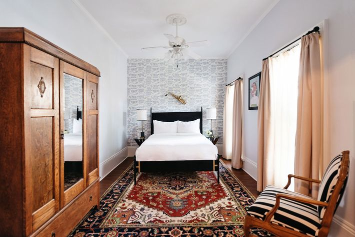 4062dabeb22 The Henry Howard hotel is located in a Garden District mansion. Photo:  Courtesy of Henry Howard Hotel
