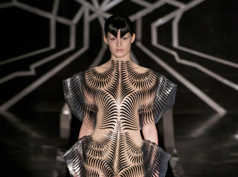 Avant garde in fashion 93