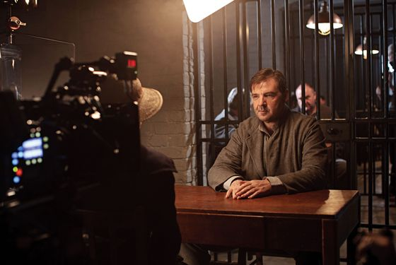 ITV1 Drama, Downton Abbey Series 3. Episode 1Behind the scenes with Brendan Coyle as BatesThe third series, set in 1920, sees the return of all the much loved characters in the sumptuous setting of Downton Abbey. As they face new challenges, the Crawley family and the servants who work for them remain inseparably interlinked© Carnival Film & Television Limited