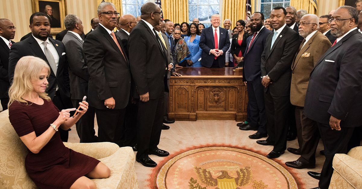kellyanne conway sits awkwardly in oval office photo. Black Bedroom Furniture Sets. Home Design Ideas