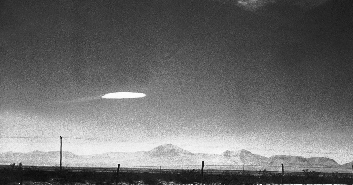 Senior Government Officials Keep Saying That UFOs and Aliens Are Real