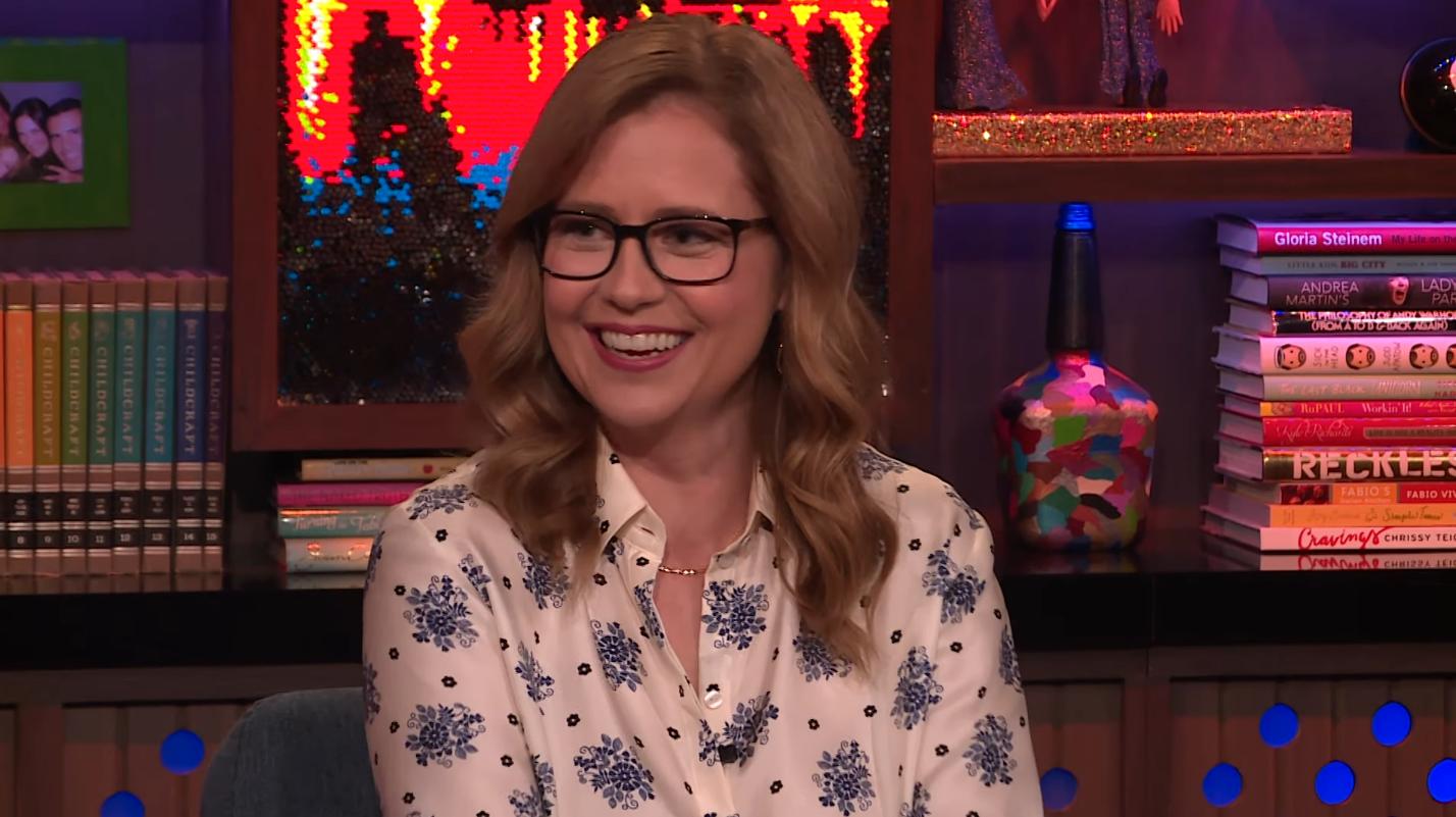 Jenna Fischer Weighs In on Chrissy Teigen's Office Tweets