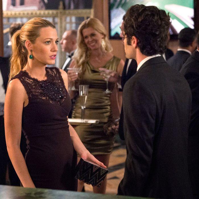 GOSSIP GIRL-- Revengers -- Pictured (L-R): Blake Lively as Serena Van Der Woodsen and Penn Badgley as Dan Humphrey