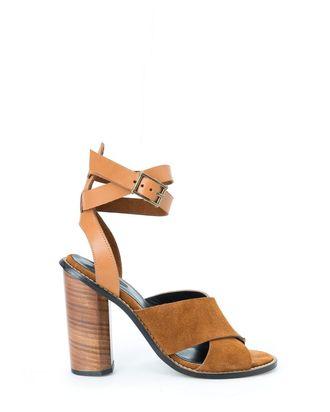 8d96b796b911 Sleek  70s-Inspired Sandals to Wear All Summer