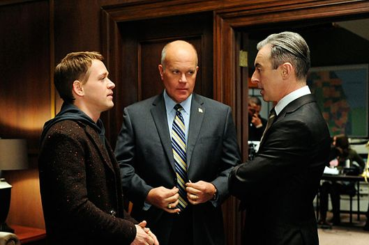 """Boom De Yah Da""--Democratic  strategist Frank Landau (Mike Pniewski, center) forces Eli (Alan Cumming, right) to work with Jordan Karahalios (T.R. Knight, left) a savvy campaign manager, on THE GOOD WIFE, Sunday Jan. 6 (9:00-10:00 PM, ET/PT) on the CBS Television Network."