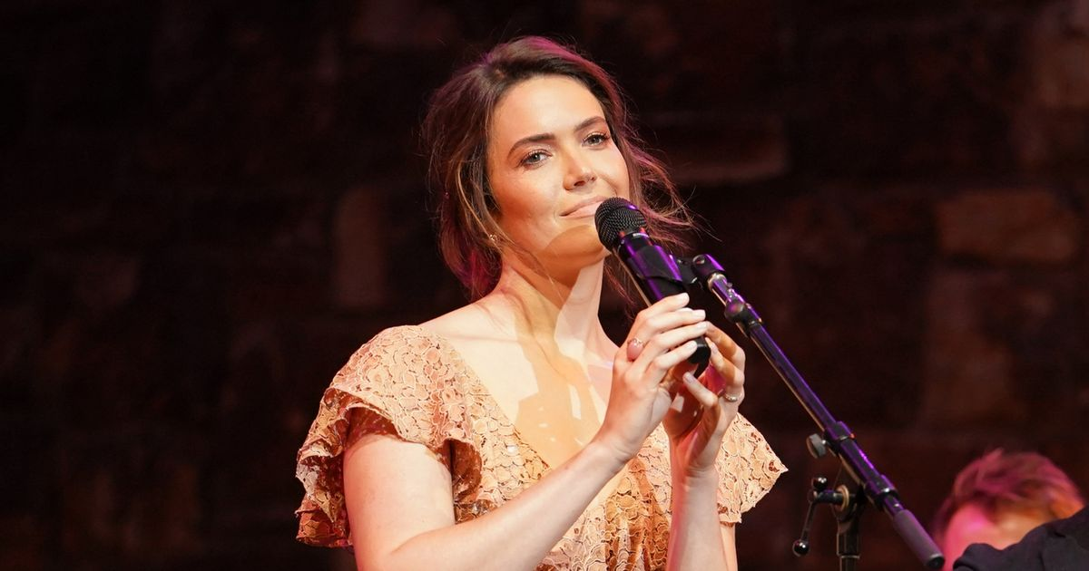 Hear Mandy Moore's New Song 'When I Wasn't Watching'