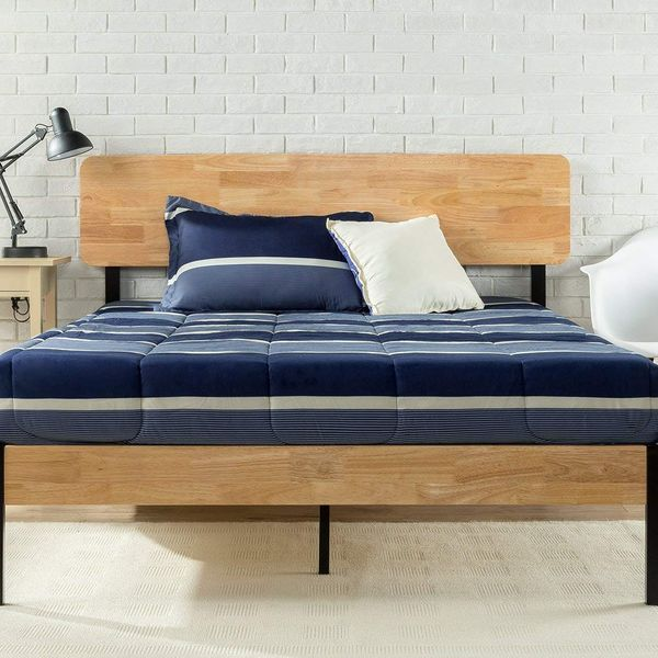 Zinus Olivia Metal and Wood Platform Bed With Wood-Slat Support