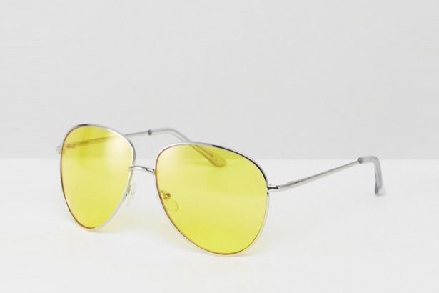Metal Aviator Sunglasses With Yellow Colored Lens