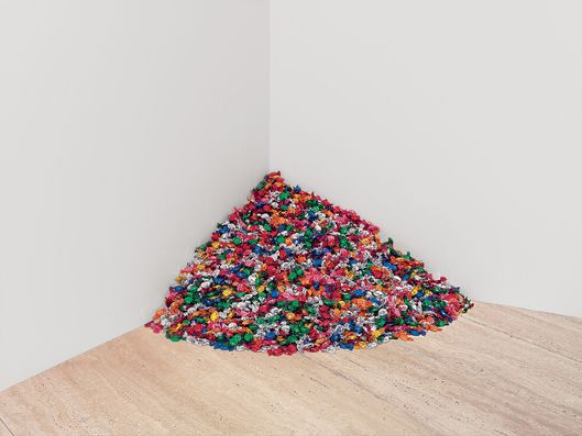 Felix Gonzalez-Torres<br>American, born Cuba, 1957?1996<br>Untitled (Portrait of Ross in L.A.), 1991<br>Multicolored candies, individually wrapped in cellophane<br>Ideal weight 175 lb; installed dimensions variable, approximately 92 x 92 x 92 cm  (36 x 36 x 36 in.) <br>Promised gift of Donna and Howard Stone<br>1.1999<br>The Art Institute of Chicago
