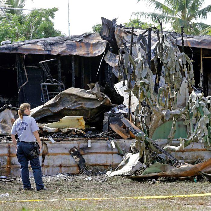 Plane Crash Mobile Homes