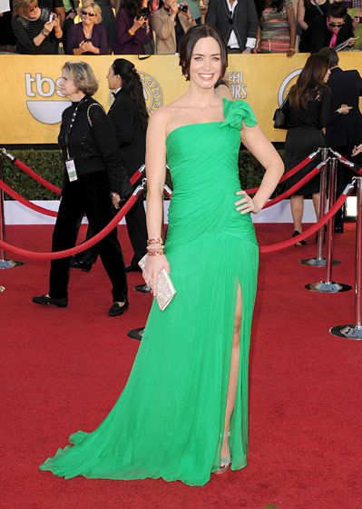 LOS ANGELES, CA - JANUARY 29:  Actress Emily Blunt arrives at the 18th Annual Screen Actors Guild Awards at The Shrine Auditorium on January 29, 2012 in Los Angeles, California.  (Photo by Jason Merritt/Getty Images)