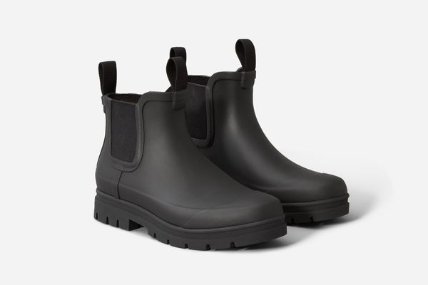 The Rain Boot in Black