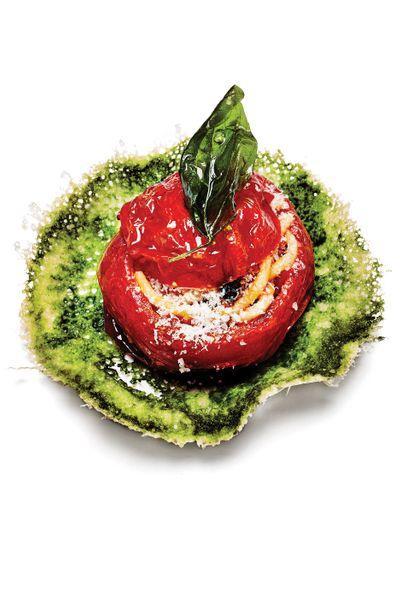 How Mulino a Vino Puts an Avant-Garde Spin on Spaghettoni al Pomodoro