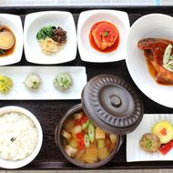 What to Eat at Gaonnuri, Serving Upscale Korean High Above K-Town [Updated]