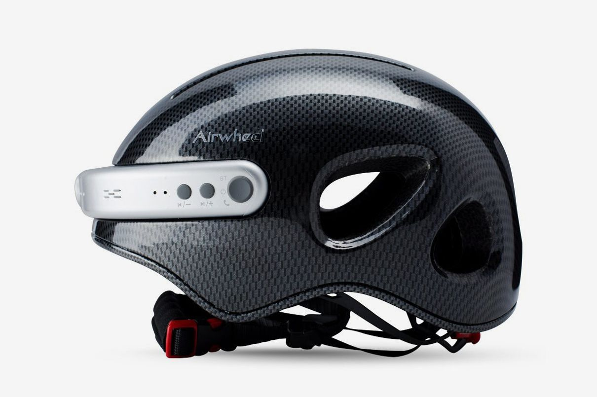 Airwheel C5 Helmet With Front Camera and Bluetooth Speaker