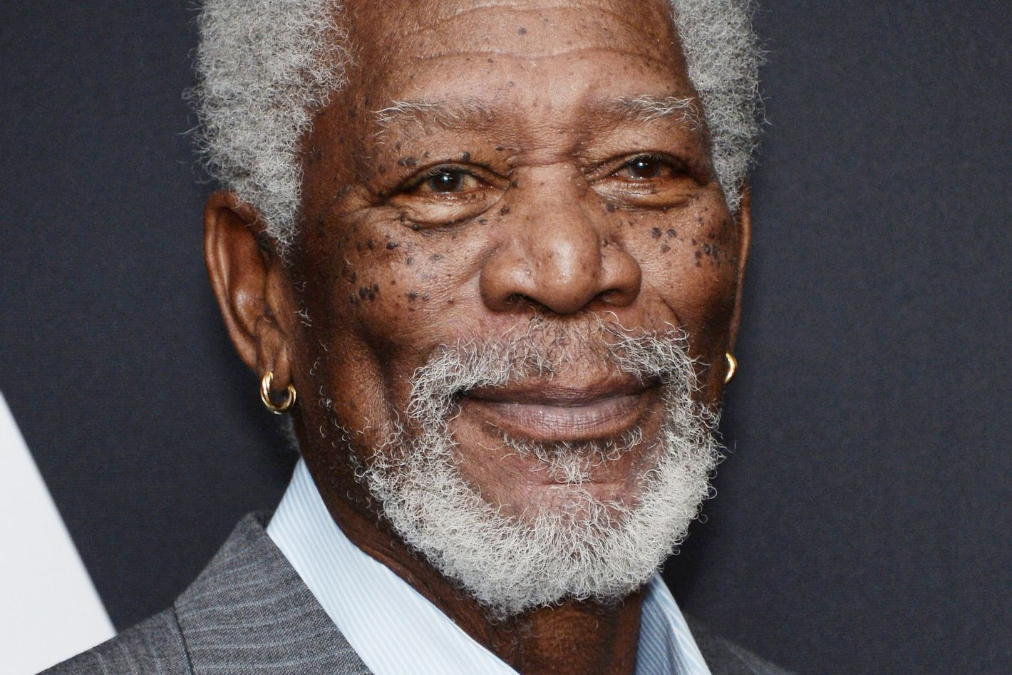 Morgan Freeman Omg I Love Weed So Much It S Delicious And Makes Me Feel Funny And Super Chill