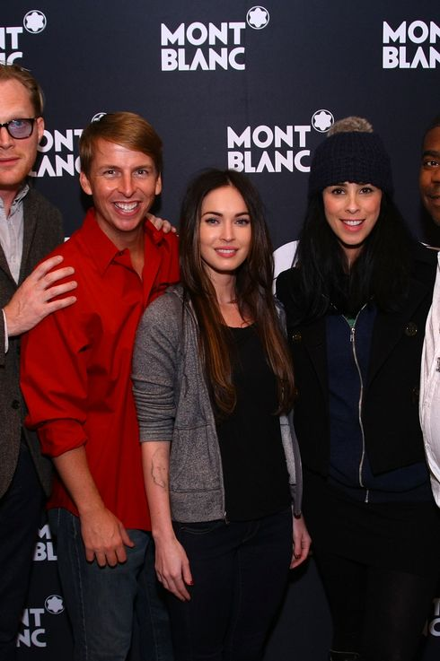 "NEW YORK, NY - NOVEMBER 14: (L-R) Patricia McGregor, Paul Bettany, Jack Mcbrayer, Megan Fox, Sarah Silverman and Tracy Morgon pose after curtain call for MONTBLANC Presents The 10th Annual Production of  ""The 24 Hour Plays On Broadway"" at The American Airlines Theater on November 14, 2011 in New York City.  (Photo by Neilson Barnard/Getty Images for MONTBLANC)"