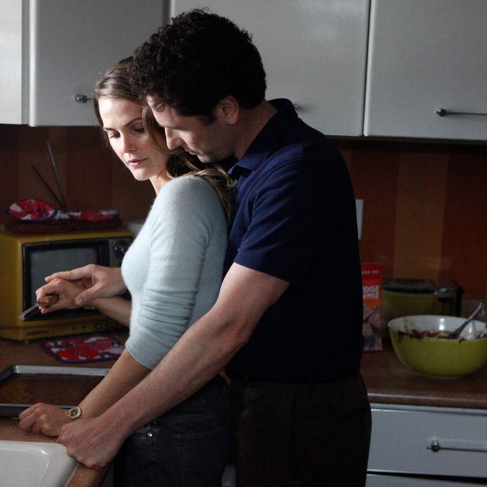 THE AMERICANS -- (Premieres Early 2013) Pictured: (l-r) Keri Russell as Elizabeth Jennings, Matthew Rhys as Phillip Jennings