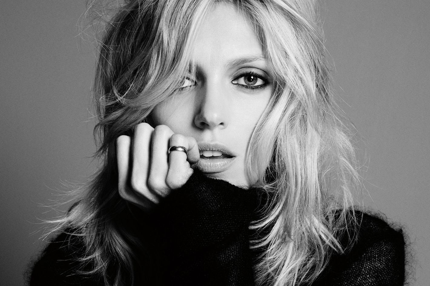 Exclusive: Anja Rubik's Entire Beauty Routine, Right Here Exclusive: Anja Rubik's Entire Beauty Routine, Right Here new pictures